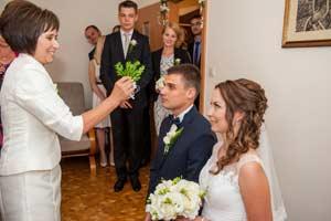 fotograf galeria  foto zdjecia  kamerzysta zakopane  fotografia ślubna przygotowania do ślubu kamerzysta z zakopanego zdjęcie zakopane kamerzysta   jpg
